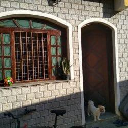 Vendo ou troco sobrado de condomínio na Penha
